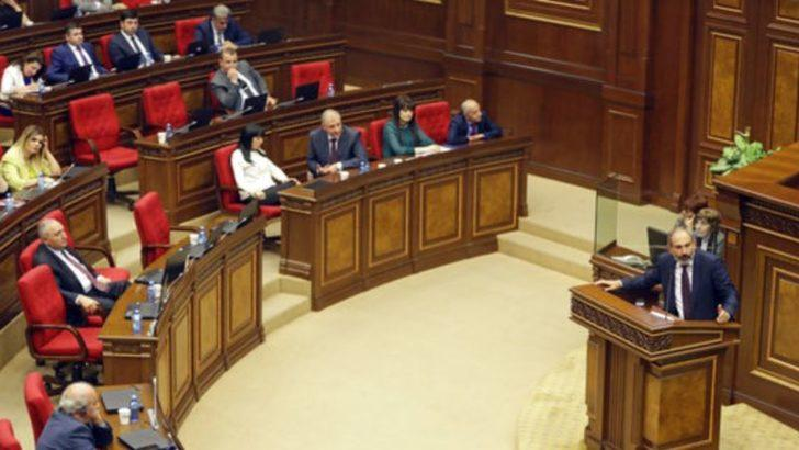Ermenistan Meclisi'nden Sürpriz Karar