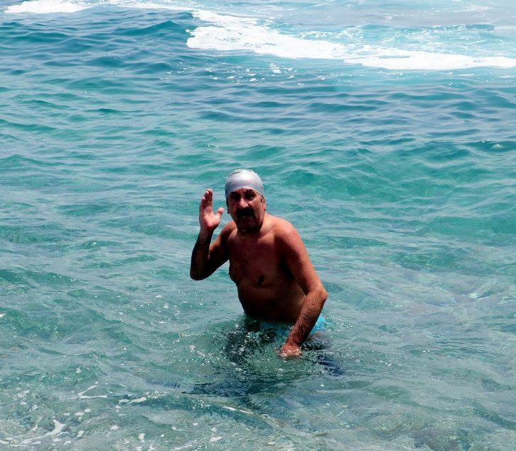 Antalya'da sahili karıştıran olay! 'Geri zekâlı, ölürsem ölürüm'