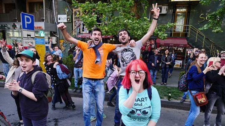Ermenistan'da kritik gelişme! İktidar partisi şartını açıkladı