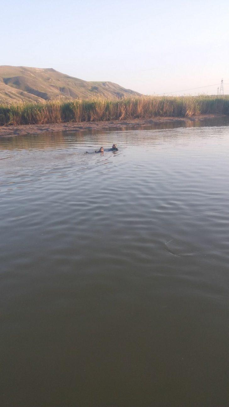 Kızılırmak'ta akıntıya kapılan 1 kişi boğuldu, 1 kişi kayboldu