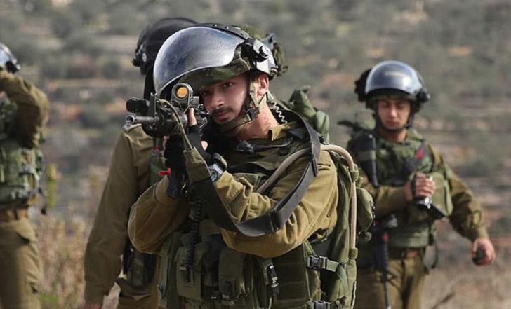 İsrailli keskin nişancıların yeni hedefi: Uçurtma uçuran Filistinliler!