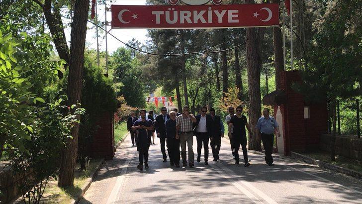 Yunanistan'ın tutukladığı kepçe operatörü Türkiye'de: Yunanlılara teşekkür ederim