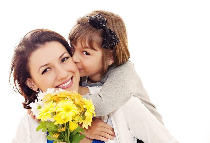 2018 Anneler günü kutlu olsun! Orijinal ve güzel Anneler günü mesajları ve dahası!