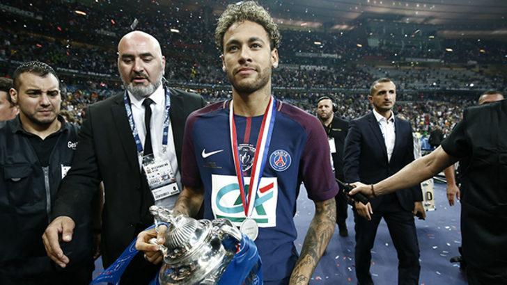 Nasser Al-Khelaifi, Neymar'ın PSG'de kalacağını açıkladı!