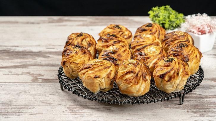 Tadına bayılacaksınız: Patatesli gonca gül böreği