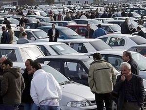 Adana'da mobilya imalatçısı Sait Erdem, alışveriş sitesinde satılığa çıkardığı araç yüzünden karşılıksız çekle dolandırıldı. Aracını dolandırıcılara kaptıran Erdem, onlarca mağduru olan şebekenin 14 şirket kurup mağdurlardan topladığı araçların plakalarını değiştirip sattığını ya da kiraladığını ileri sürdü.