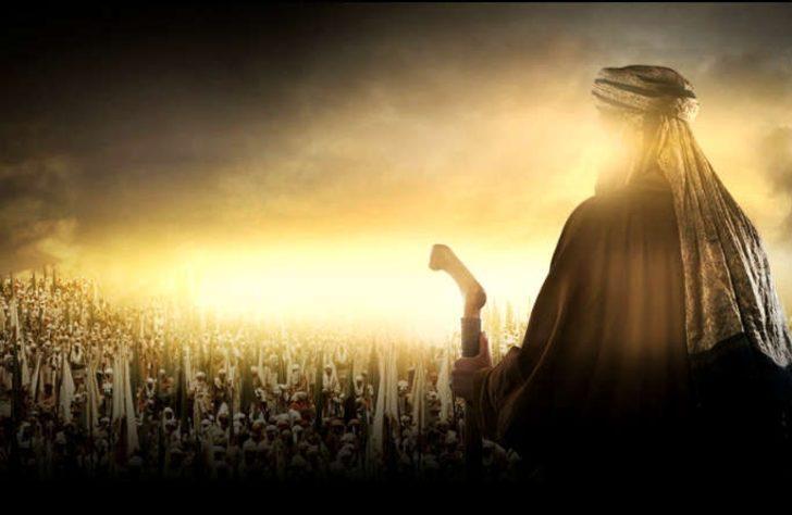 4) Peygamberimizin mübarek ellerinden suların akıtılması mucizesi: