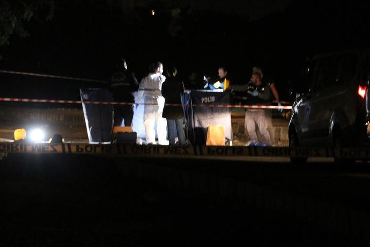 Başakşehir'de bavullar içinde parçalanmış erkek cesedi bulundu - ek fotoğraf