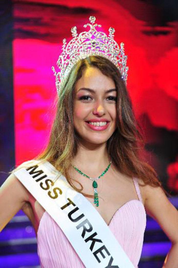 Miss Turkey 2014 Güzellik Yarışması'nda 2. güzel seçilen Dilan Çiçek Deniz son günlerin en çok konuşulan isimleri arasında.