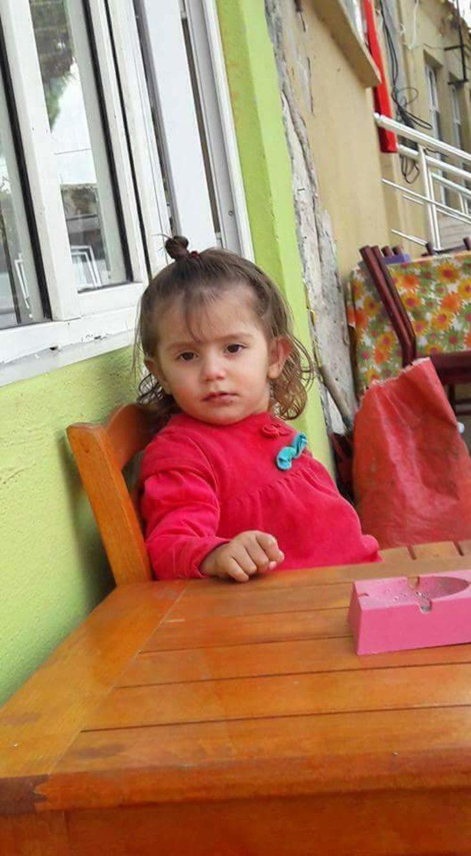 Minik Sema, amcasının aracının altında kalıp öldü