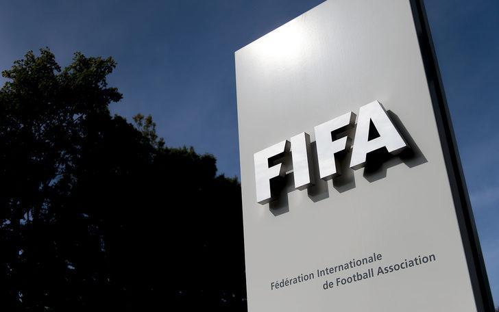 FIFA kiralık oyuncu transferini 6 ya da 8 oyuncuyla sınırlayacak