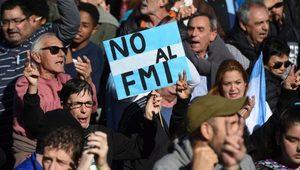 IMF Arjantin'e 50 milyar dolar borç vermeyi kabul etti