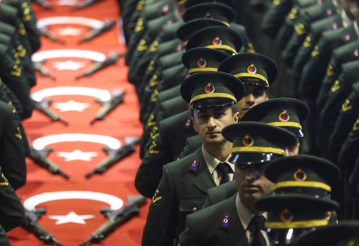 Cumhurbaşkanı Erdoğan'dan Astsubaylara kademe müjdesi! Astsubay eğitimleri derece ve kademeye dahil edilecek