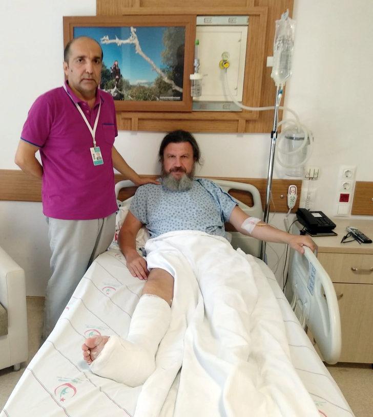 Usulsüz rapora itiraz eden doktoru bayıltana kadar dövdü