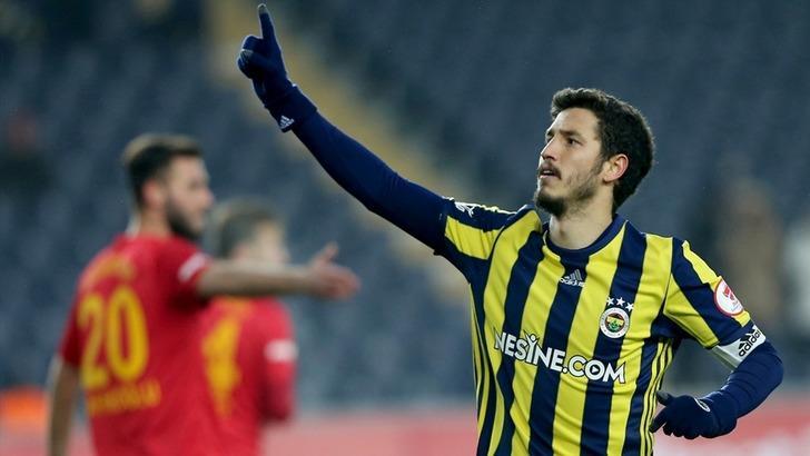Fenerbahçe Salih Uçan'ı sezon başı kampına götürecek!