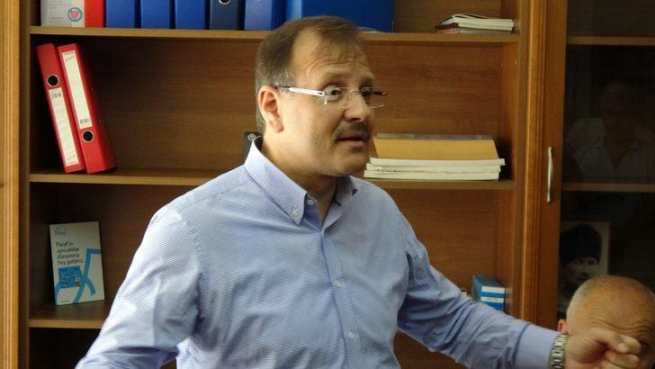 Hakan Çavuşoğlu: Savunma sanayinin yerli olması lazım