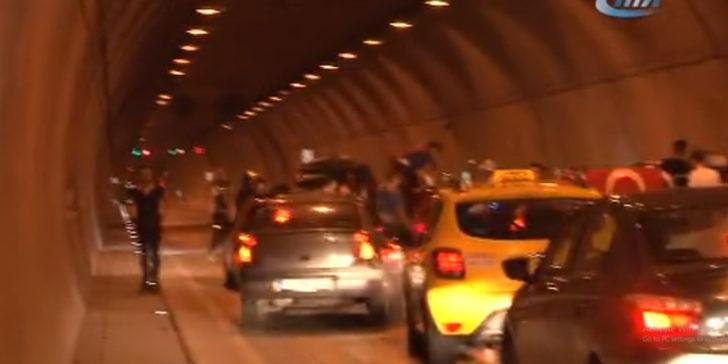 İstanbul'da asker uğurlaması için tünel kapattılar