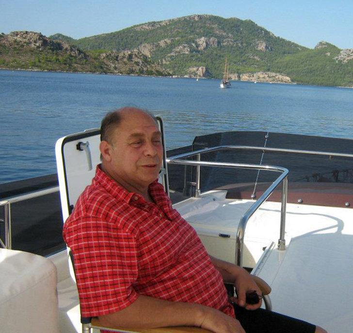 Kemerli turizmci odasında ölü bulundu