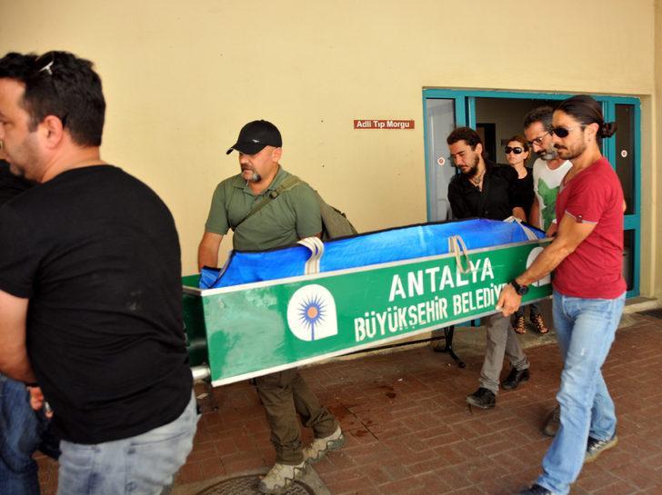 Müzisyenin cenazesi Ankara'da toprağa verilecek (2)