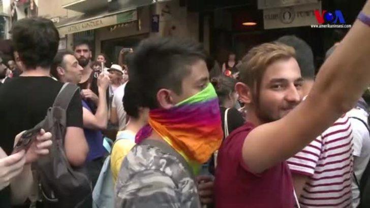 Yasağa Rağmen LGBT'ler Taksim'de Toplandı