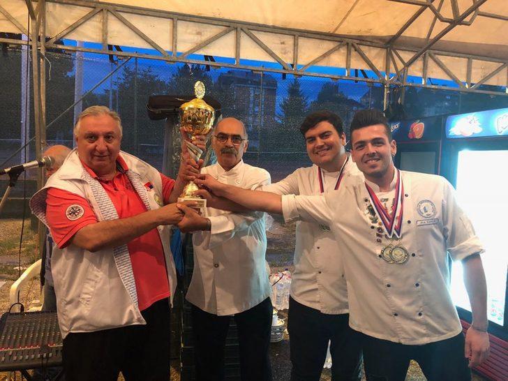 LAÜ 'uluslararası yemek yarışması' kategorisinde birincilik elde etti