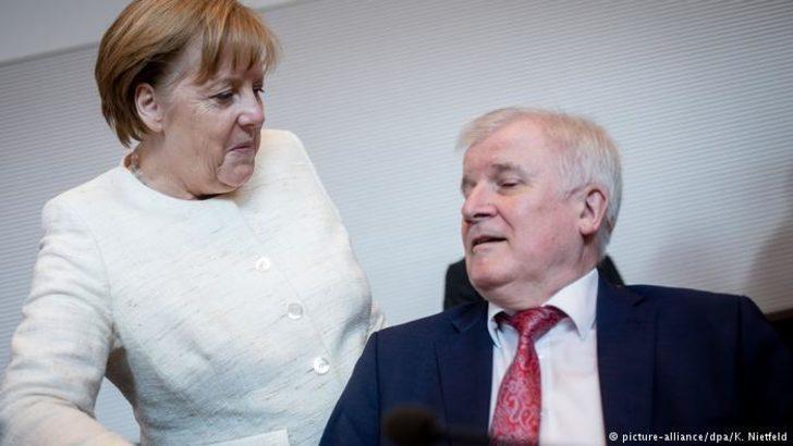 Merkel'in baş karşıtı: Horst Seehofer