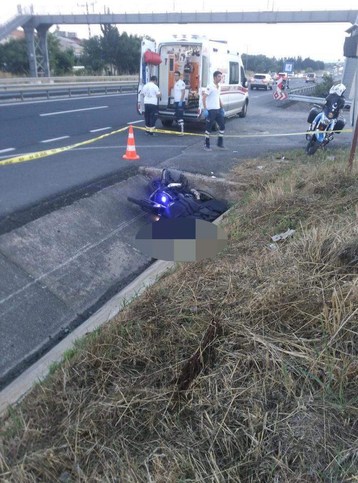 Motosikletle balayına giden çift kazada öldü
