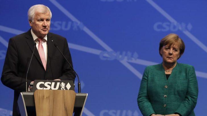 Almanya'da Hükümet Krizi Derinleşiyor