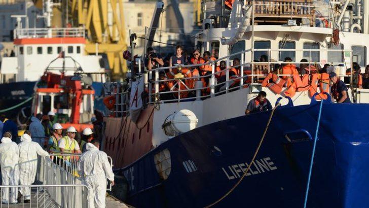 Mültecileri Kurtaran Kaptan Yargılanıyor