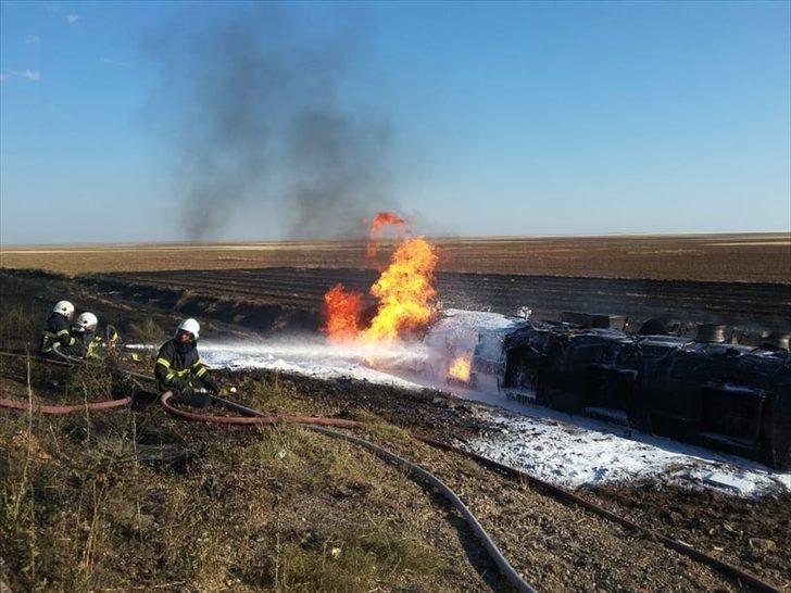GÜNCELLEME - Aksaray'da LPG yüklü tanker şarampole devrildi: 1 ölü