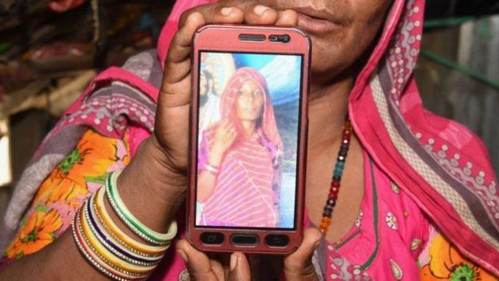 Hindistan'da WhatsApp'tan yayılan çocuk kaçırma söylentileri sonrası 29 kişi linç edildi