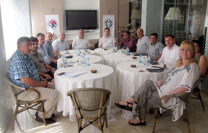 Erdek'te tatilciler, turistik tesislerin yemeklerinden şikayetçi