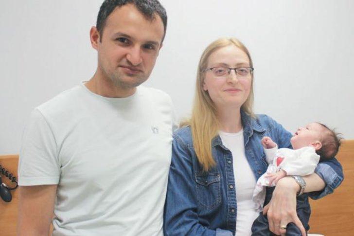 Bir aylıkken kalp ameliyatı oldu! 30 dakika dondurup Defne bebeği hayata döndürdüler