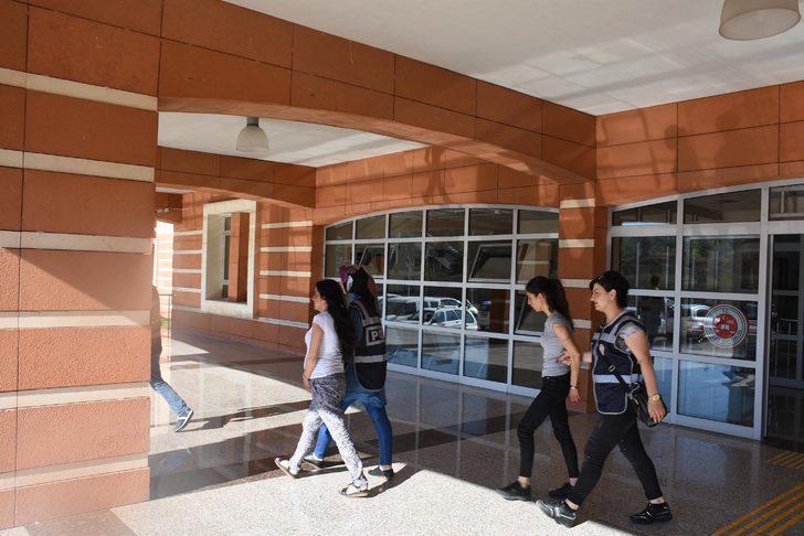Çankırı'da evden hırsızlık şüphelisi 2 kadın tutuklandı
