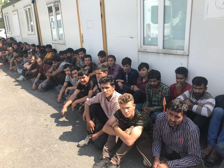 Van'da 105 kaçak göçmen yakalandı