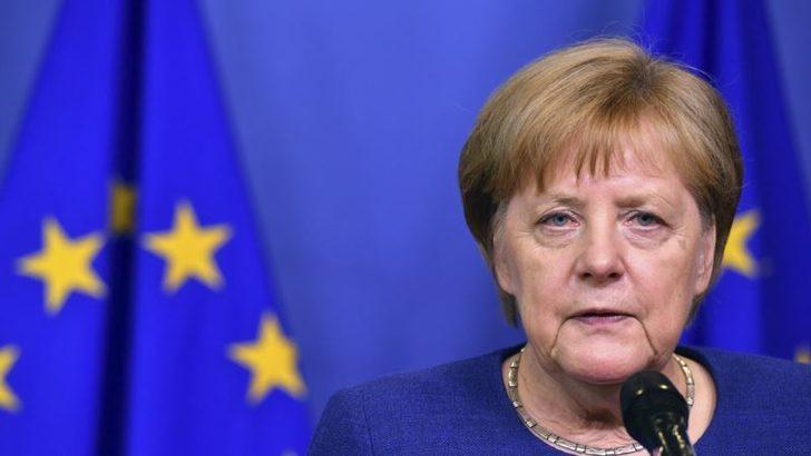 Merkel Amerikan Araçlarına Vergiyi Düşürmeye Hazır