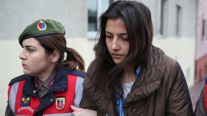 Kayseri'de babaannesini balta ve bıçakla öldürdüğü iddia edilen torun ilk kez hakim karşısında!