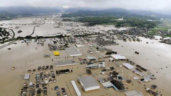 Japonya'da 'Tarihi Yağışlar' Çok Sayıda Can Kaybına Yo Açtı