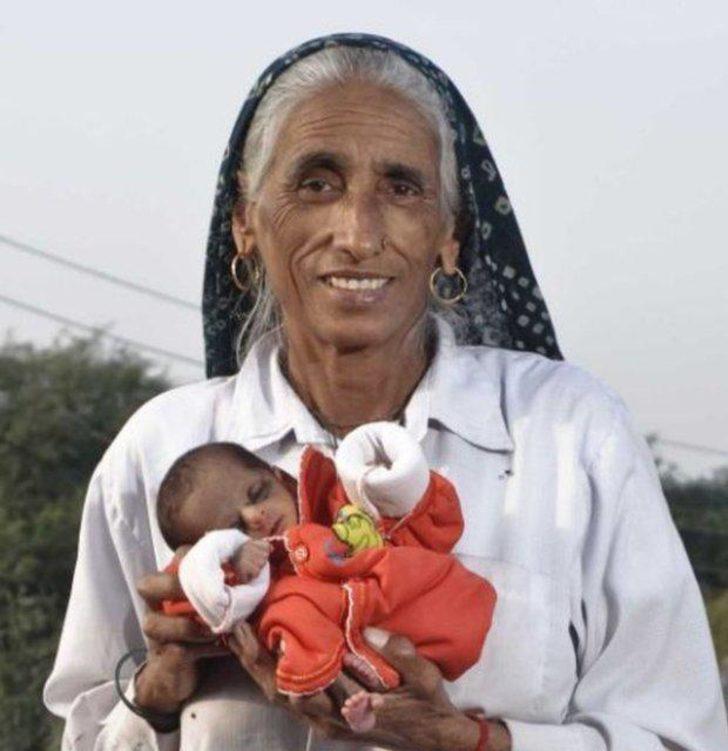 Dünyanın en yaşlı annesi (70 yaşında)