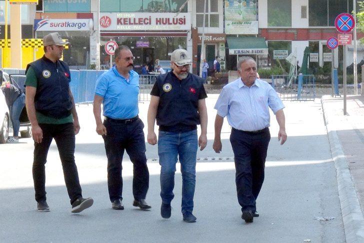 FETÖ'den gözaltına alınan işadamı Mahmut Arslan ile kardeşi adliyede
