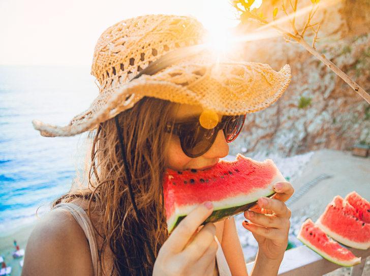 Tatilde kilo almamak için ne yapmalıyız? Açık büfe mağduru olmayın