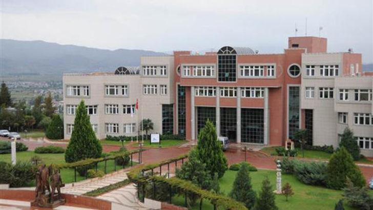 Adnan Menderes Üniversitesi'nde herkesi 'FETÖ'cü' diye ihbar eden profesör son KHK ile ihraç edildi