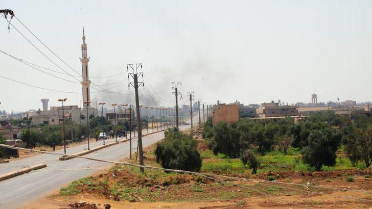 Suriye Ordusu Dera'da Muhalifleri Kuşattı