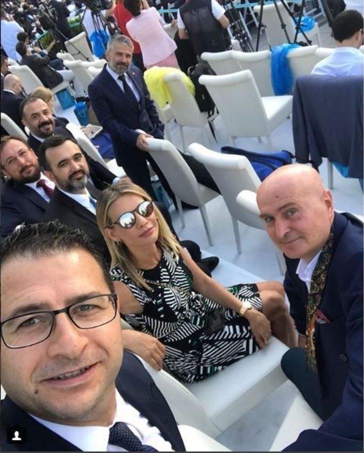 Gazeteci Salih Nayman Esra Erol ile birlikte