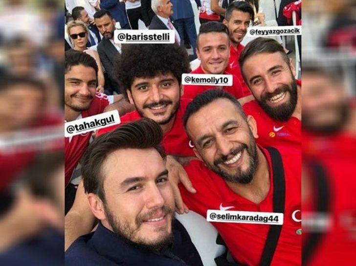 Mustafa Ceceli, başarılı güreşçimiz Taha Akgül ve Avrupa şampiyonu olan Ampute Milli Takımımız da Cumhurbaşkanlığı Külliyesi'nde