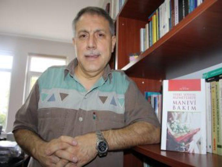 Prof.Dr. Seyyar: Yaşlı ve özürlüler manevi bakımın eksikliğini yaşıyor