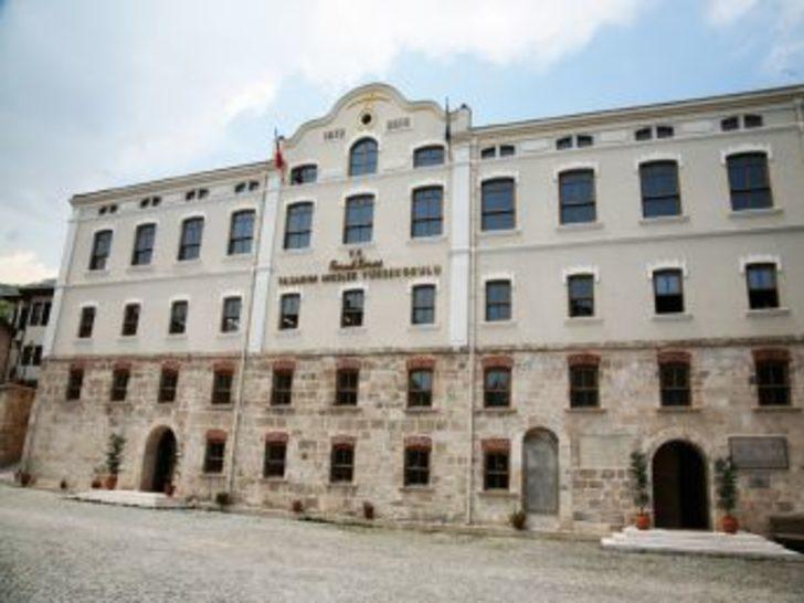 Faruk Saraç Yüksekokulu, İpekböcekçiliği Enstitüsü malzemelerini iade edecek