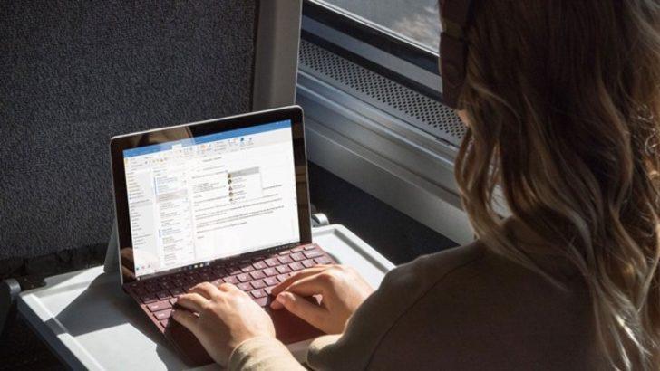 Microsoft'un yeni taşınabilir bilgisayarı: Surface Go