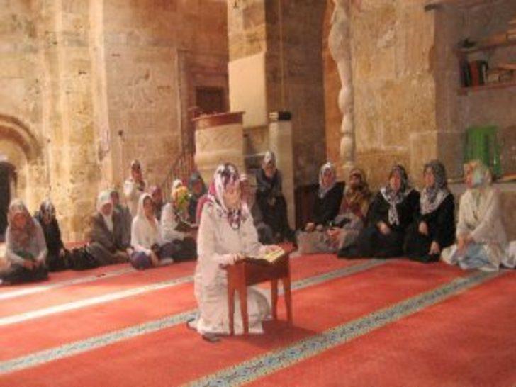 Bayanlar Kur'an-ı Kerim'i güzel okuma yarışasında Kayseri birinci oldu