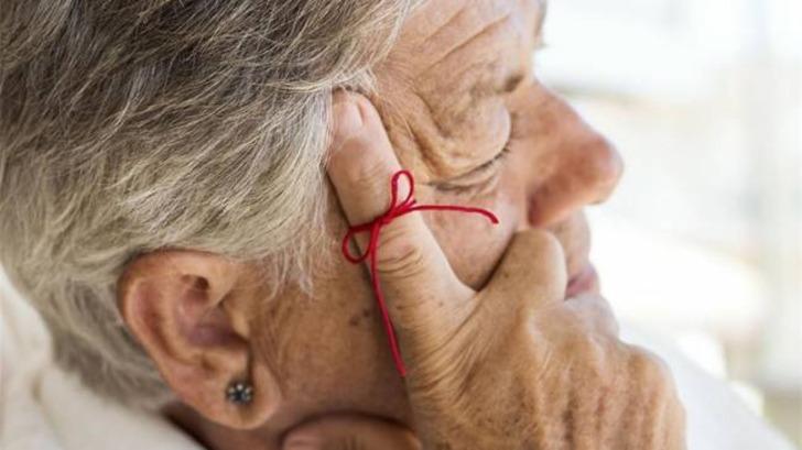 Alzheimer hastalığı nedir? Alzheimer hastalığından korunmak için ne yapılmalı?